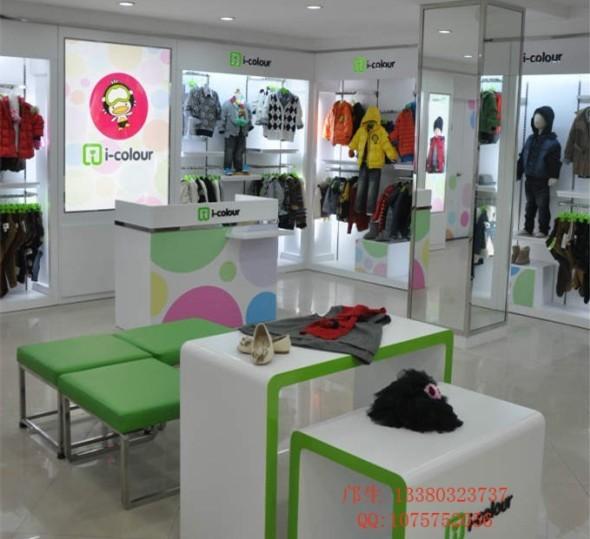 12-15天 【产品特点】: 1,该款 i—colour儿童服装展示柜设计新颖